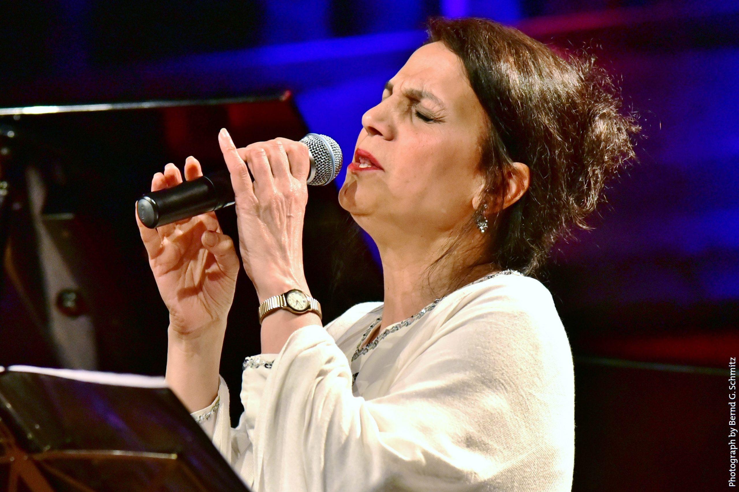 Maryam Akhondy